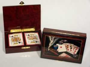 LAS VEGAS COLLECTION CARD BOX AND CARDS - WOOD CIGAR STYLE